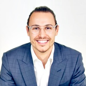 Growing a Business That Your Team Loves | Ryan Bonnici 012