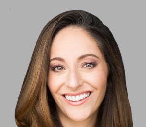 Leveraging The Power of Community to Propel Your Business Forward   Ep. 053 Noelle Cordeaux